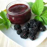 Blackberry_jam_s